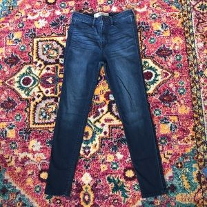 High waisted Hollister skinny jeans